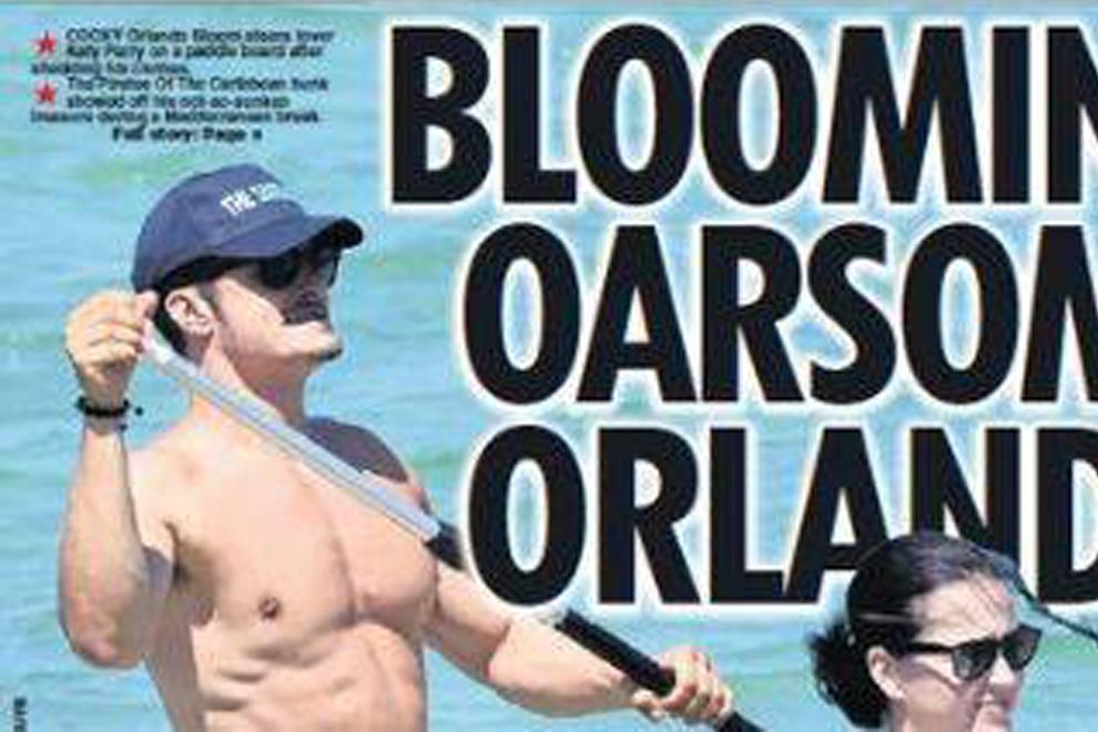 Hier paddelt Orlando Bloom komplett nackt