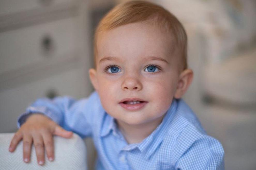 So süß ist Prinz Nicolas an seinem ersten Geburtstag