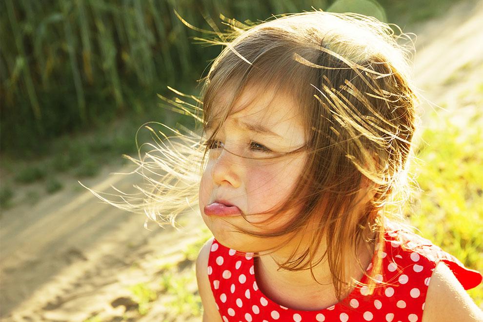 5 Gründe, warum es nervt, die kleine Schwester zu sein
