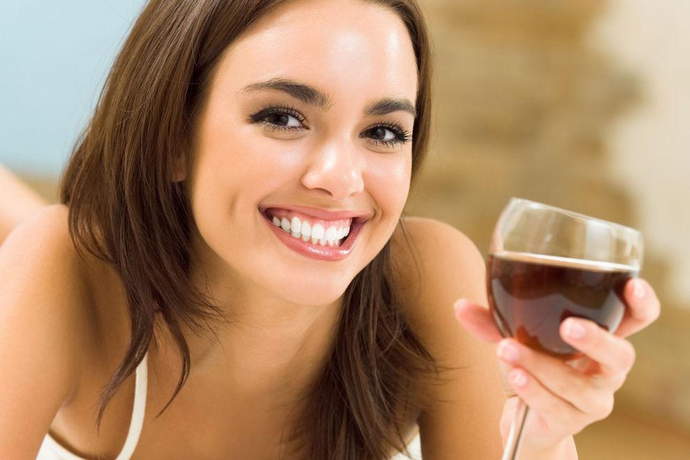 Darum könnte ein Glas Rotwein den Besuch im Fitnesscenter ersetzen