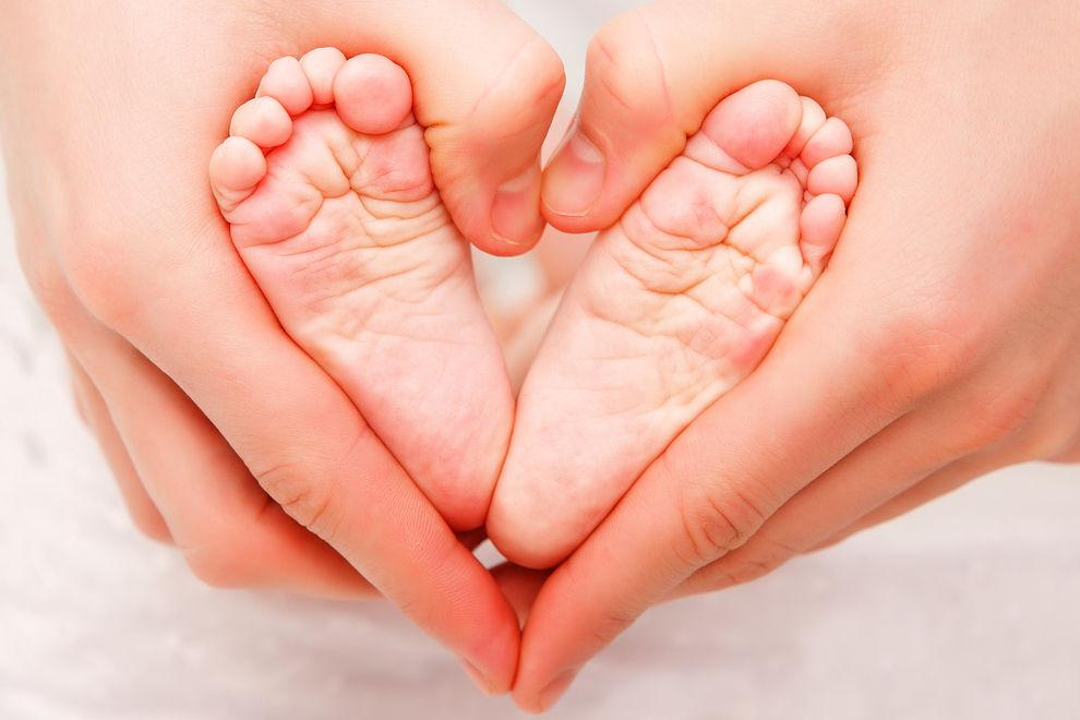 10 Babynamen, die Liebe bedeuten