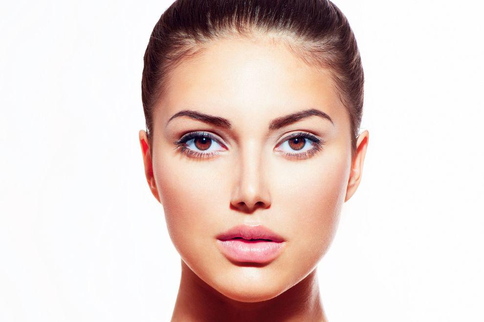 Menschen mit diesen Gesichtsmerkmalen verdienen besser