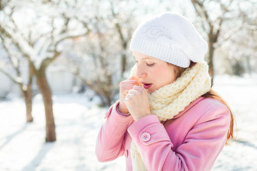 Mit diesem simplen Trick wird dir bei Kälte ganz schnell warm