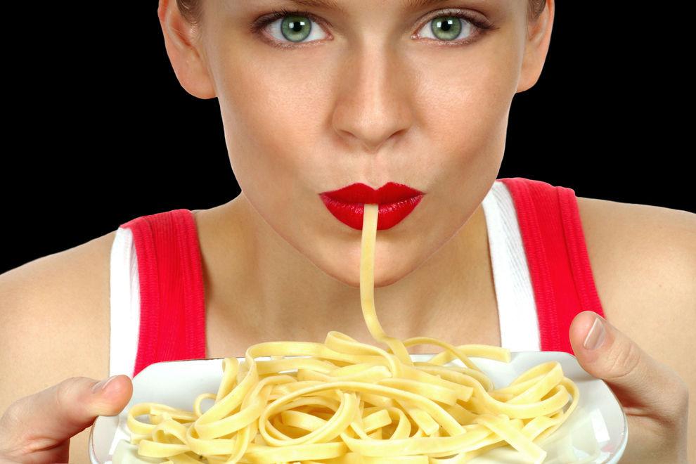 4 Anzeichen dafür, dass du mehr Kohlenhydrate essen solltest