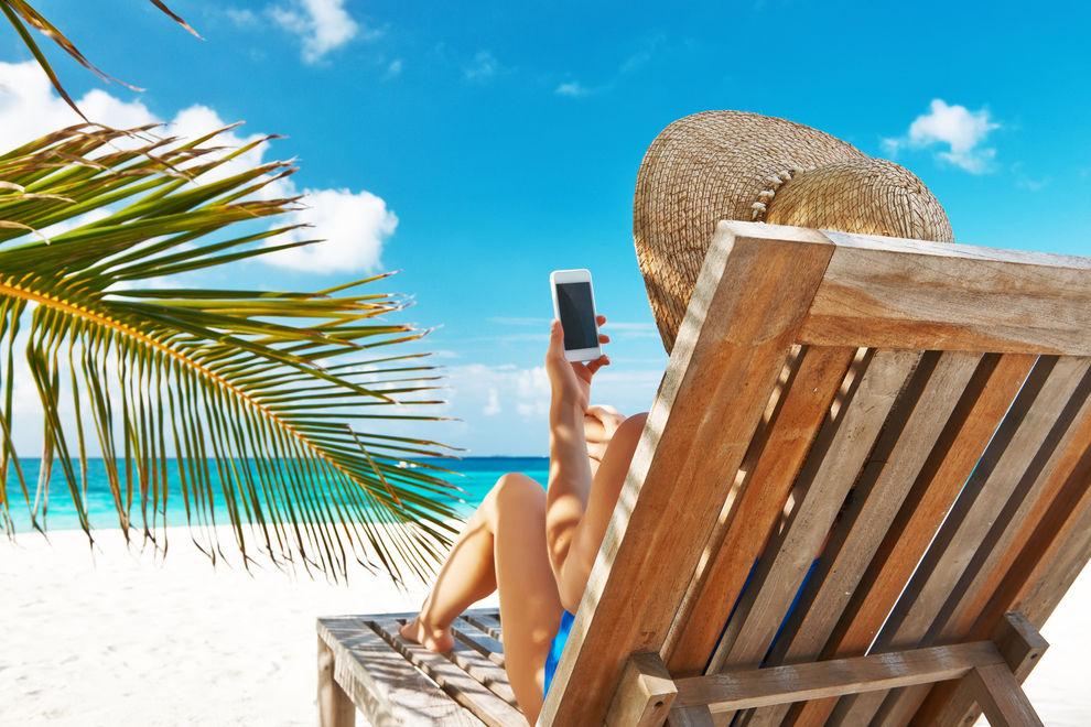 6 Dinge, die du im Urlaub mit Handy beachten solltest