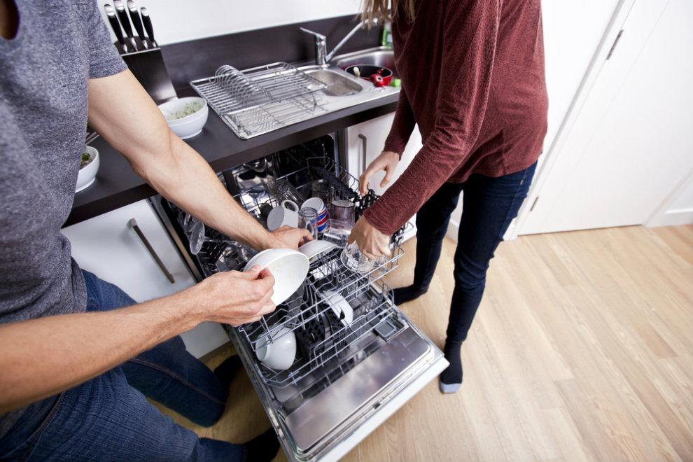 So teilt ihr die Hausarbeit fair auf