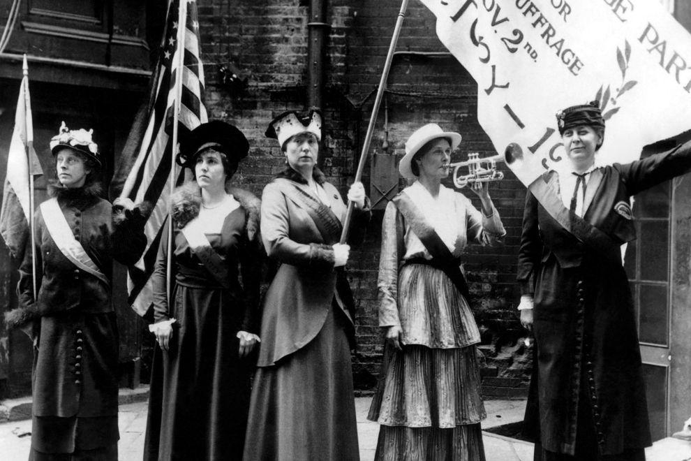 6 Dinge, die Frauen früher nicht tun durften