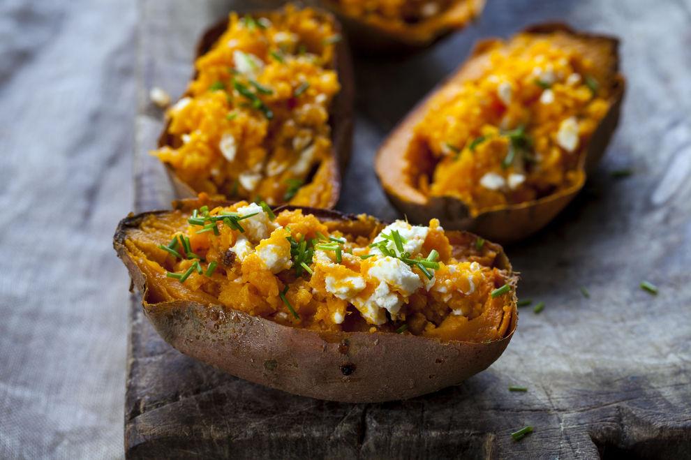 Gefüllte Süßkartoffel mit Feta