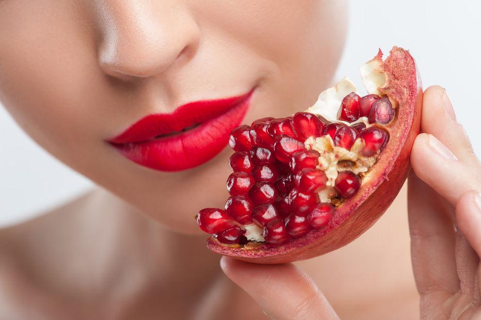 4 Fakten über die Wunderfrucht Granatapfel