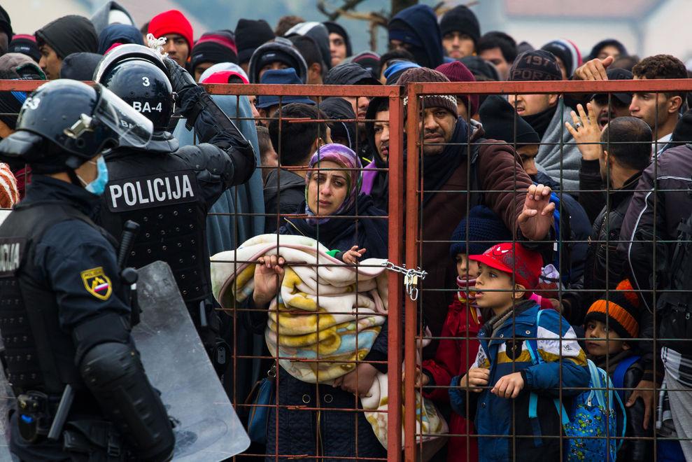 Frau filmt Flucht von Syrien nach Österreich