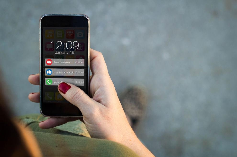 Das machen Smartphone-Benachrichtigungen mit unserem Gehirn