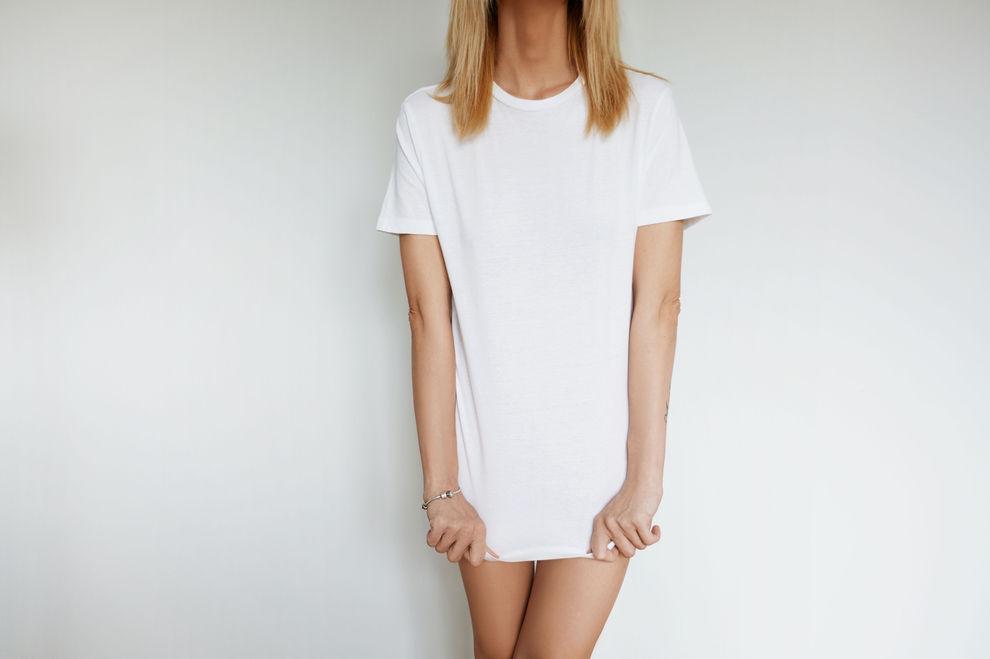 Darum haben deine T-Shirts so oft am Bauch Löcher