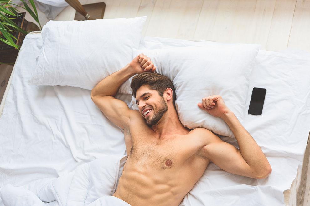 10 Guten-Morgen-SMS, mit denen du ihm garantiert den Tag versüßt