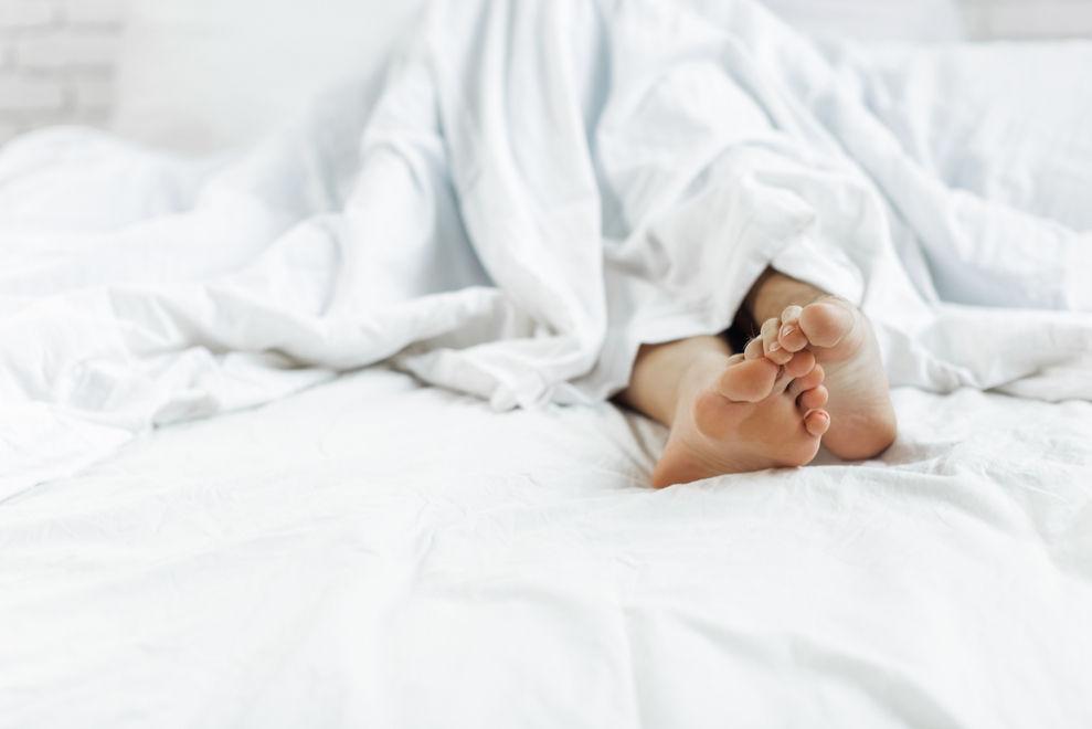 So schaffst du es, deine Wünsche im Bett in (etwas verträglichere) Worte zu fassen