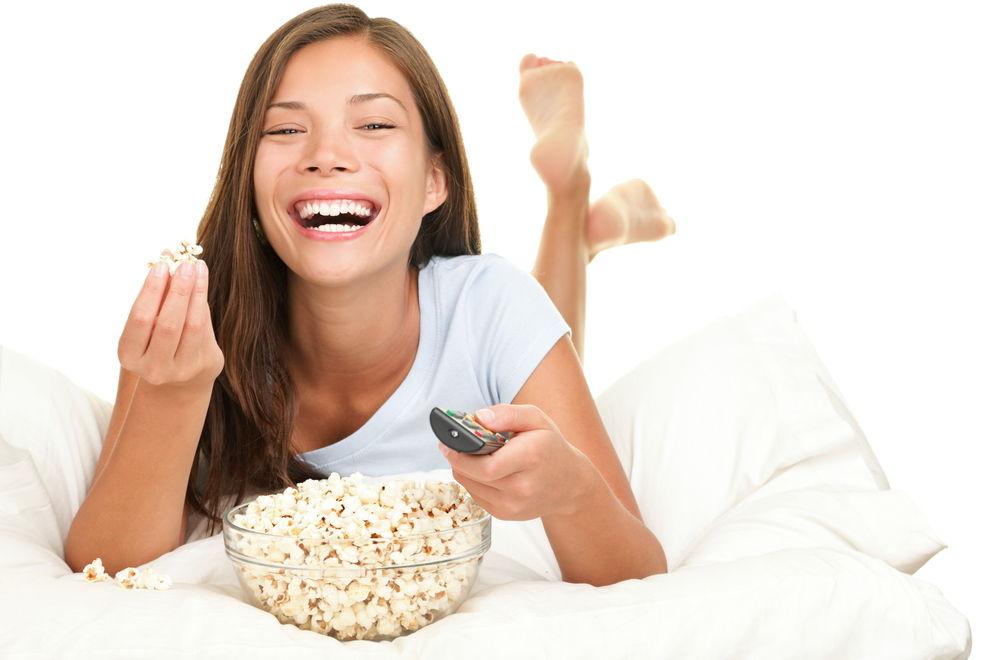 7 gesunde Alternativen zu Popcorn, Chips und Co.