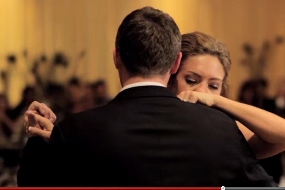 Diese Braut tanzt den traurigsten Hochzeitstanz aller Zeiten
