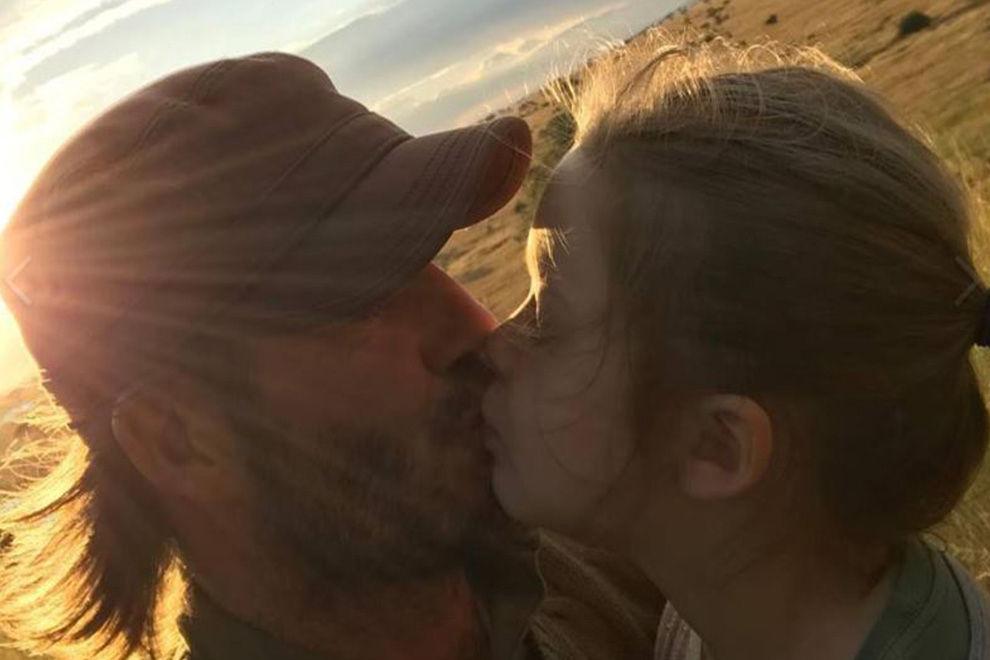 Ist es okay, dass David Beckham seine Tochter auf den Mund küsst?