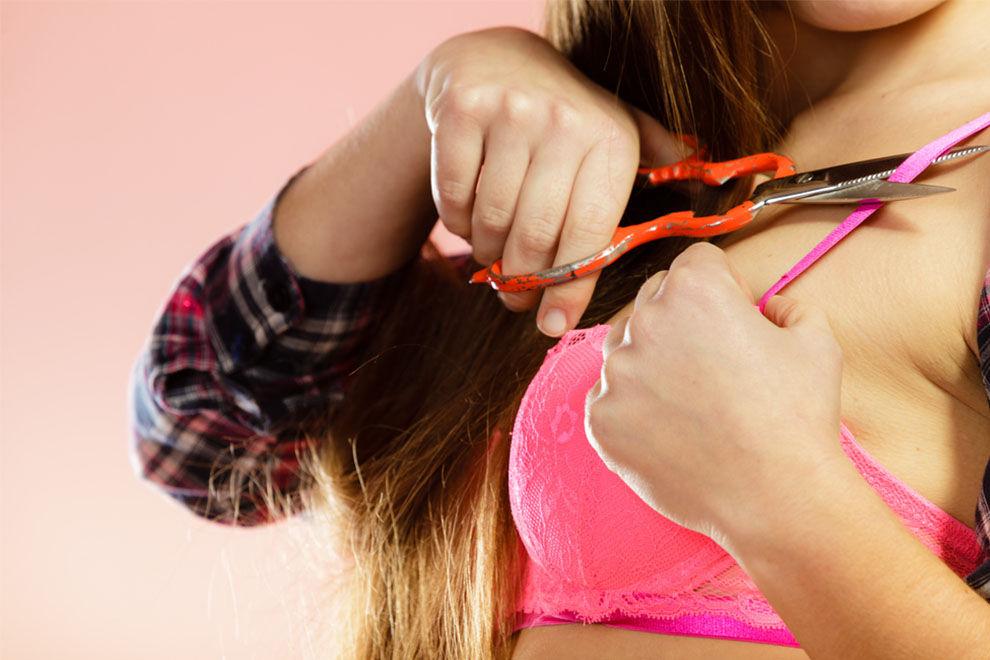 Frauen fanden in aufgeschnittenen Victoria's Secret-BHs giftiges Gel