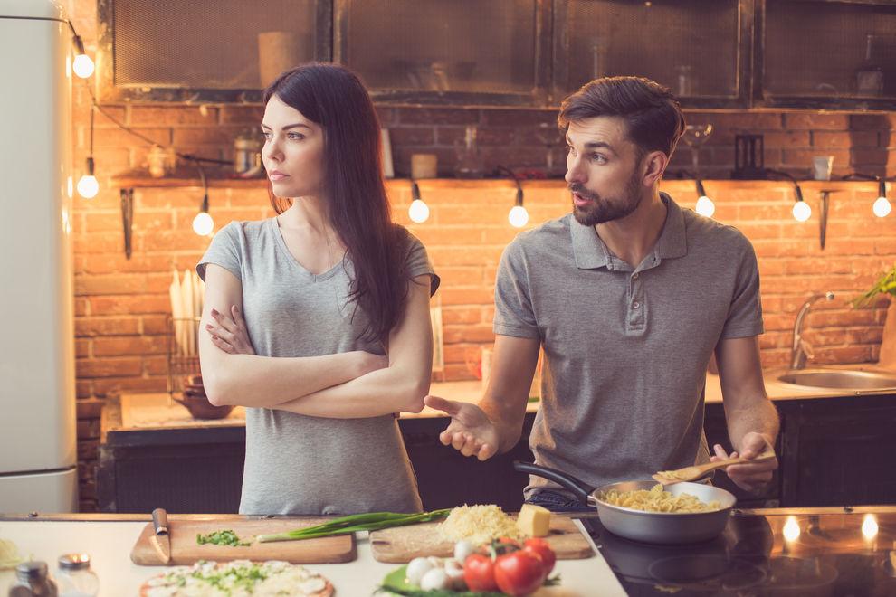 12 Anzeichen, warum du deine Beziehung lieber beenden solltest