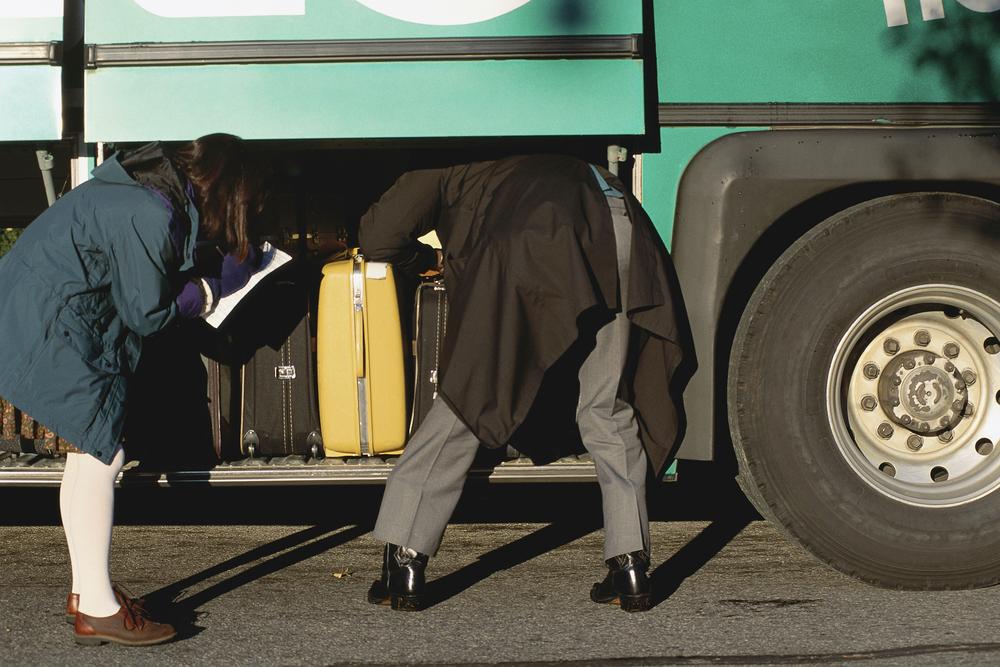 Jodel: Frau in Bus-Gepäckfach eingesperrt – ihr Hilferuf wird zum Hit