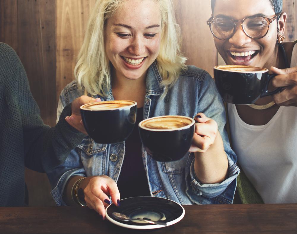 Alkohol und Kaffee sorgen für ein langes Leben