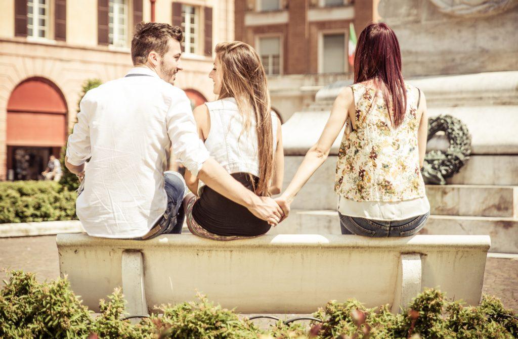 Warum gehen Männer fremd? Hier die 8 häufigsten Gründe.