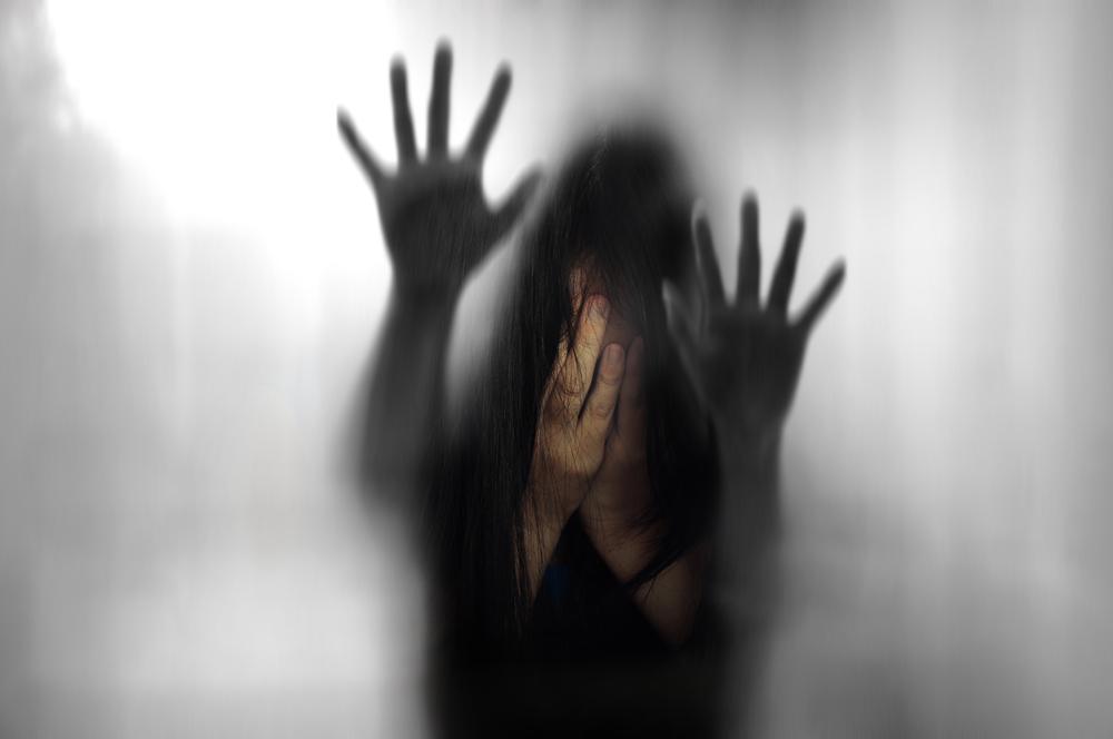 Mutter ließ Tochter von einem Fremden vergewaltigen