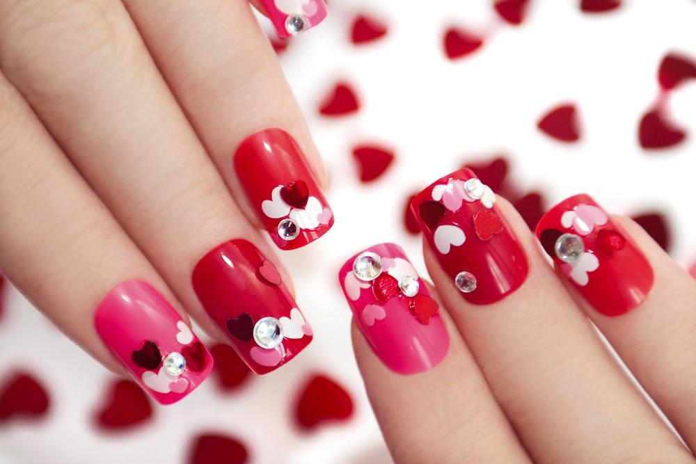 Die süßesten (aber modernen) Nagel-Designs für den Valentinstag