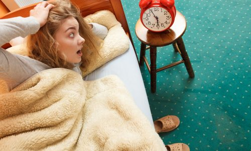 Nie wieder verschlafen: Mit diesen 4 Tricks schaffst du es, pünktlich aufzustehen