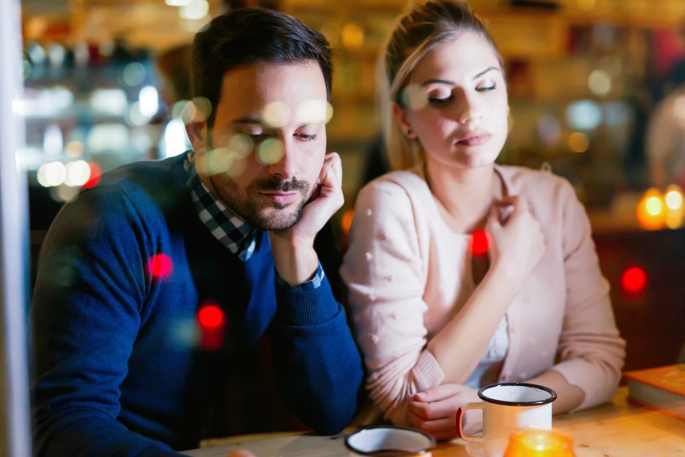 """Wie wir mit""""Phubbing"""" unabsichtlich unsere Beziehung ruinieren"""