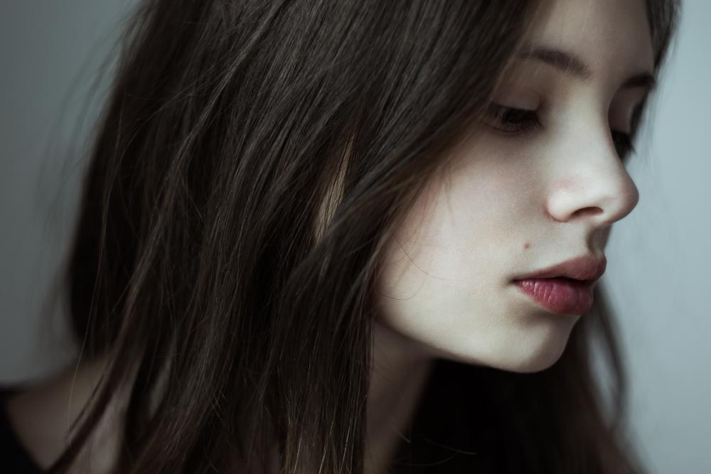Gebrochenes Herz: 9 Bilder, die Liebeskummer-Einsamkeit zeigen