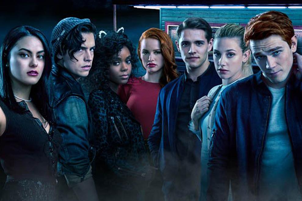 """Überraschung: Diese """"Riverdale""""-Schauspieler sind ein Paar"""