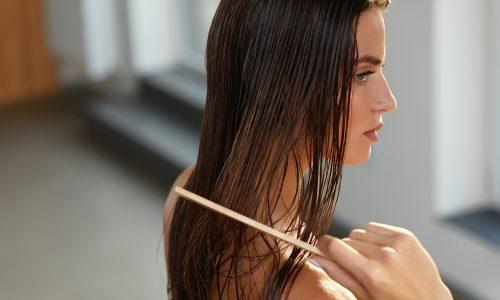 Mit diesen drei Tricks kannst du dein Haar spielend leicht durchkämmen