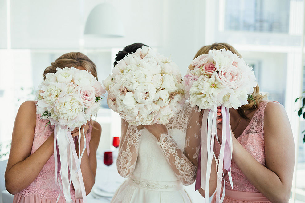 6 Dinge, die du niemals auf einer Hochzeit tragen solltest
