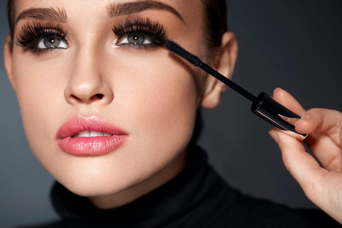 Diese 9 Mascara-Tricks sorgen für Mega-Wimpern