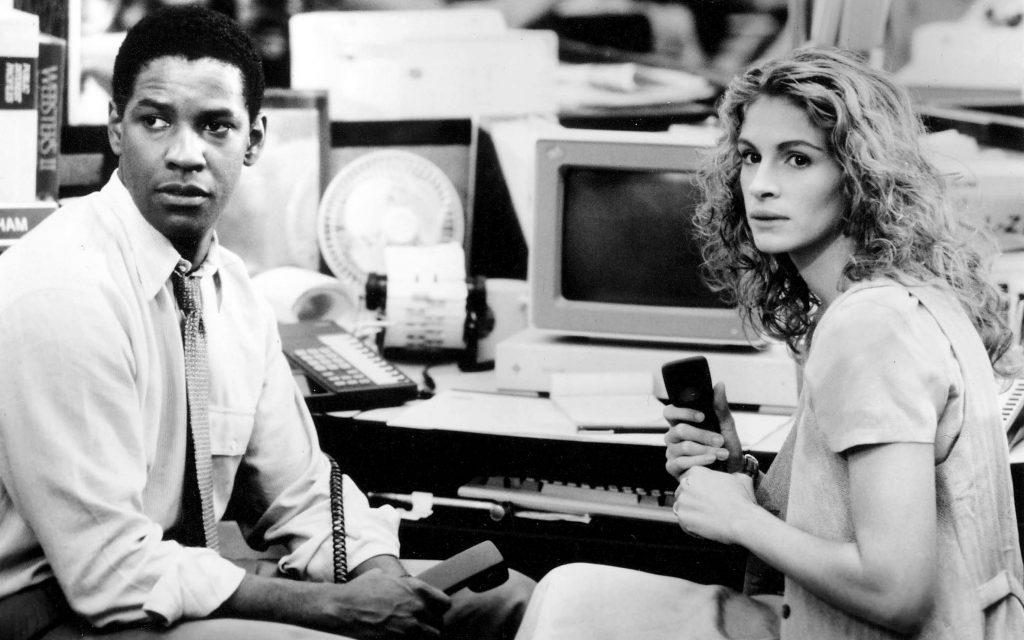 """Im Film """"Die Akte"""" hatte Denzel Washington keine Lust mit seiner fiktiven Geliebten Julia Roberts zu schmusen."""