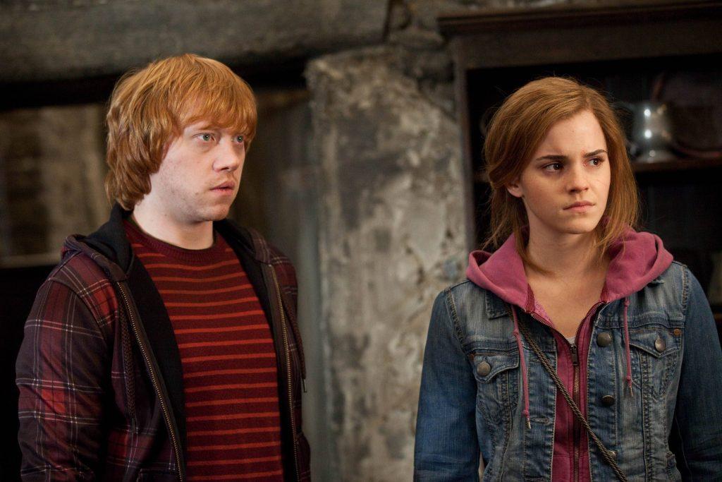 """Die """"Harry Potter"""" Co-Stars Rupert Grint und Emma Watson teilten ebenfalls eine Kusszene. Emma fand's nicht so toll, sie wollte das Ganze einfach so schnell wie möglich hinter sich bringen."""