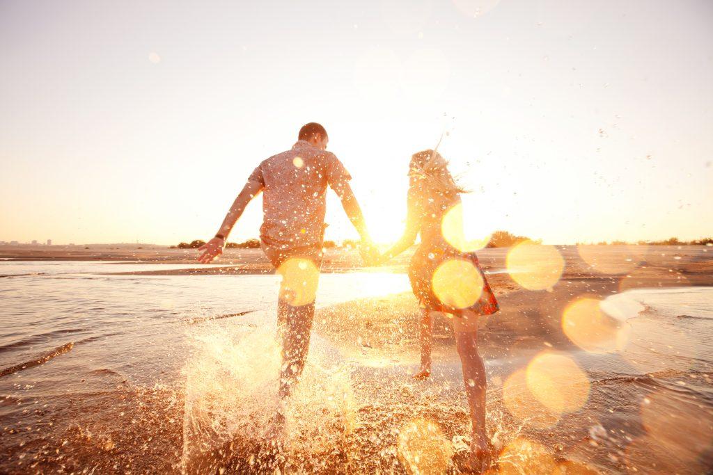 Zeit zu zweit: 5 Tipps für einen entspannten Pärchen Urlaub