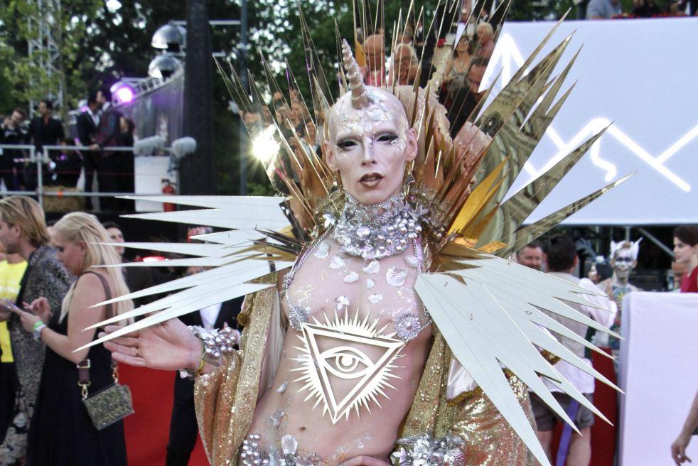 Life Ball 2018: Die coolsten Looks und Outfits vom Red Carpet