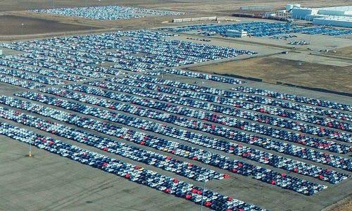 Pannen-Flughafen Berlin Brandenburg wird Abstellplatz für Volkswagen