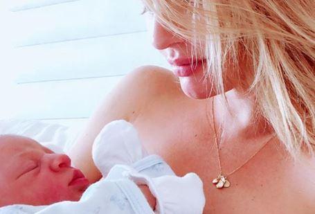 Candice Swanepoels zweiter Sohn hat einen außergewöhnlichen Namen
