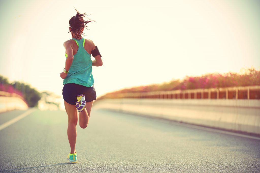 Sport am Morgen? 5 Tricks, mit denen du dich motivieren kannst