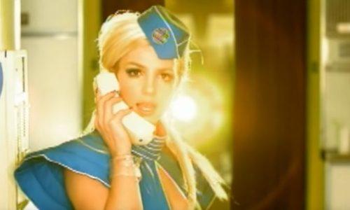 """Dieser Hund singt """"Toxic"""" genau wie Britney Spears"""