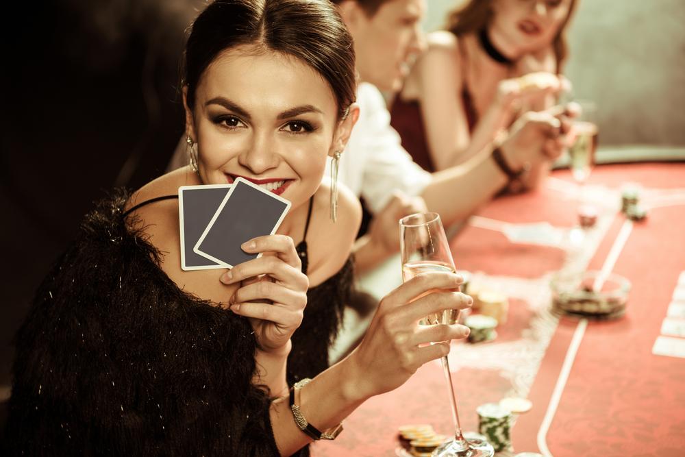 Frauen im Poker-Fieber: Diese Ladys räumen jedes Casino leer