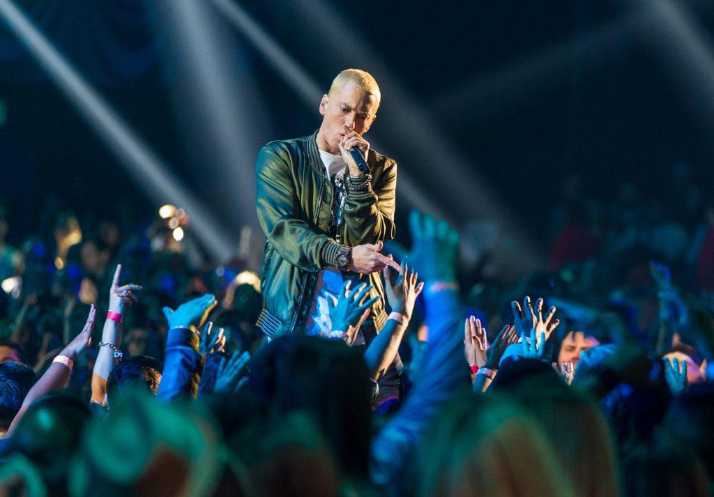 """Eminem veröffentlicht Überraschungs-Album """"Kamikaze"""""""