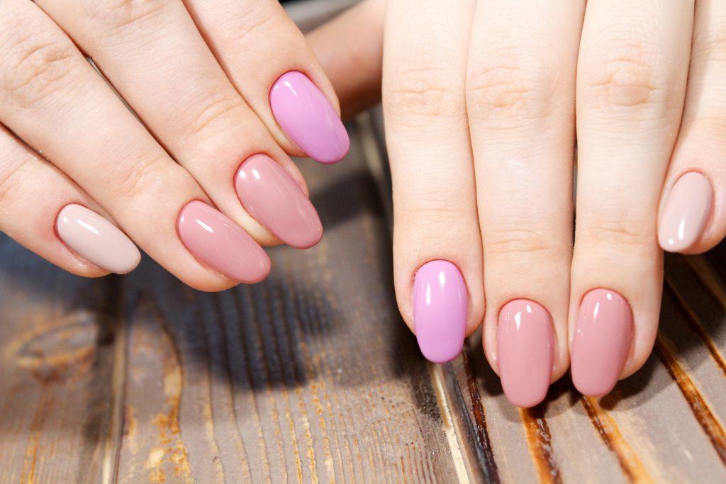 Mismatched Nails Mit Diesen 11 Nageldesigns Fallst Du Garantiert Auf