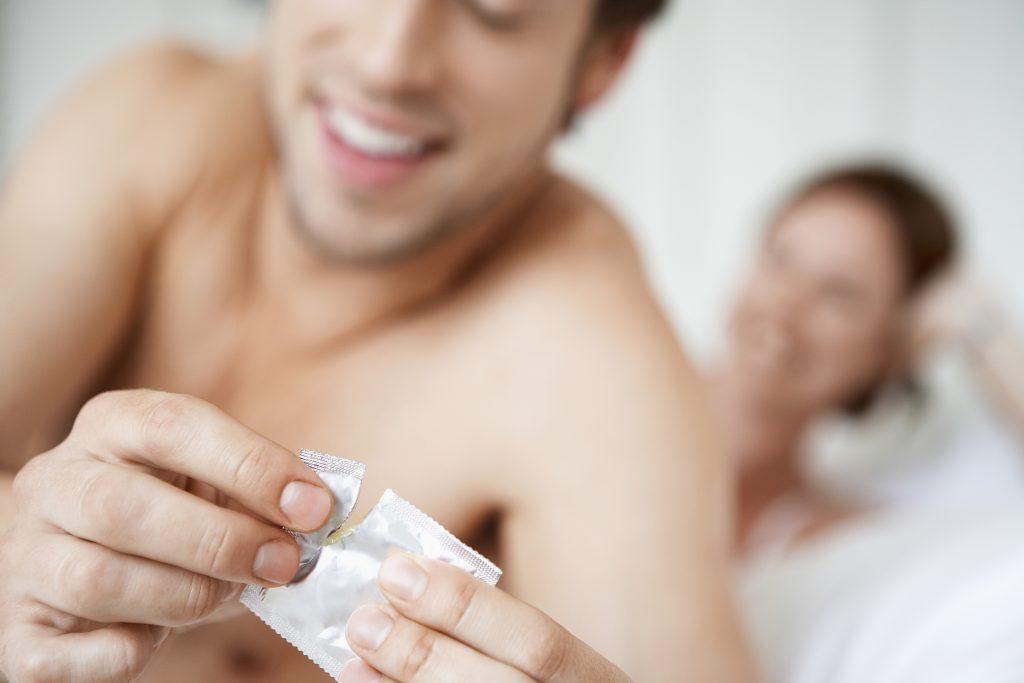 Mycoplasma genitalium: Geschlechtskrankheit breitet sich aus und kann dich unfruchtbar machen