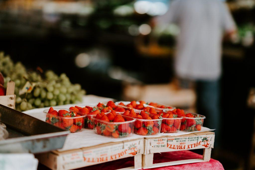 Nadeln in Erdbeeren gefunden: Australische Behörden warnen