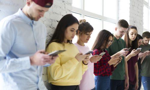 Blockiert auf WhatsApp: Diese 4 Sternzeichen sind Profis im Ghosten