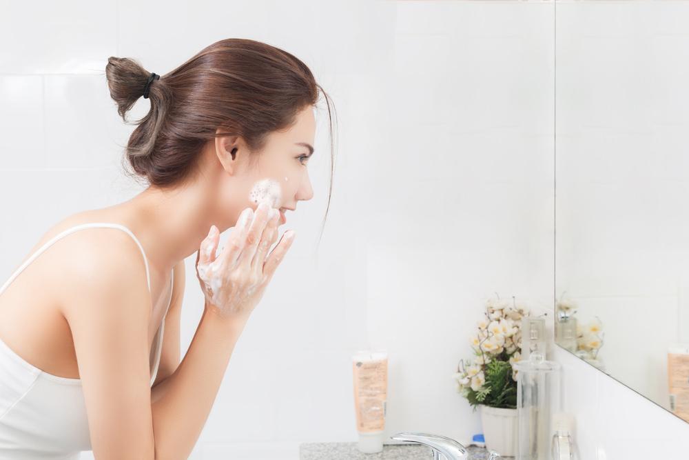 5 überraschende Gründe für fettige Haut